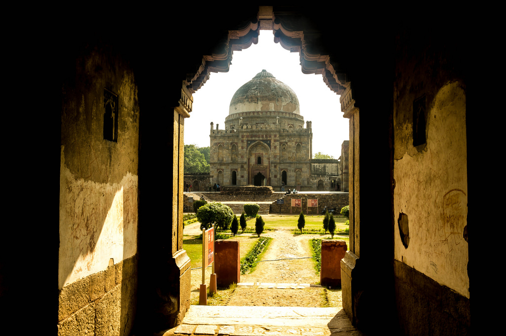 lodi-garden-new-delhi guide