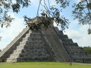 Chitchen-Itza-Cancun-to-merida-roadtrip