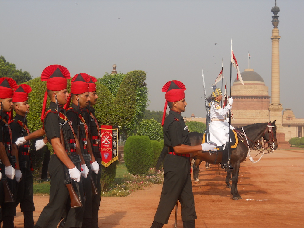 changing-guards-Out-of-the-Box-Things-to-do-In-New-Delhi