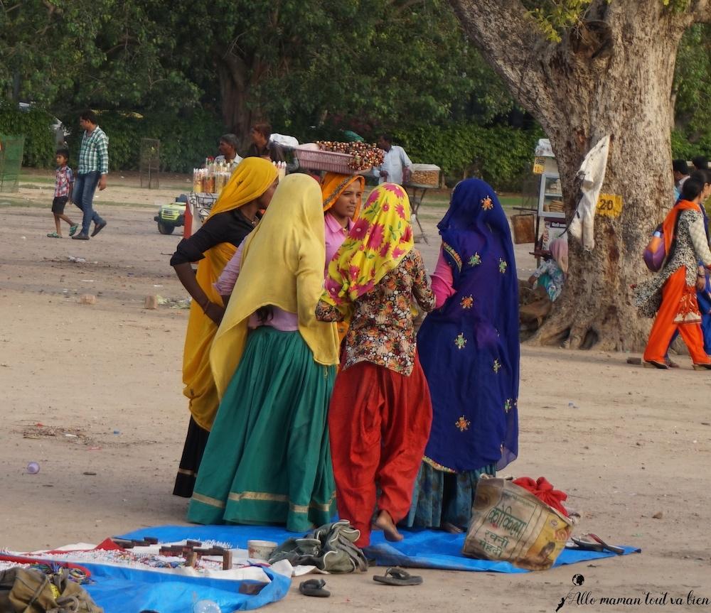 Indian women In New Delhi common indian scam